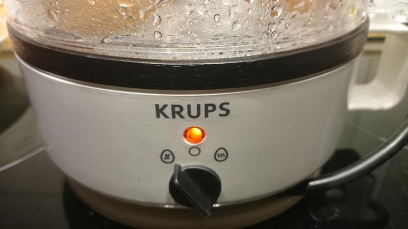 Krups Eierkocher mit zwei Funktionen: Kochen und Warmhalten