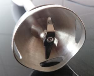Edelstahl-Fuß des Bosch Stabmixers